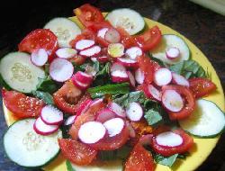 Ensalada original de pasta y vegetales