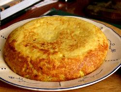Tortilla con cualquier sobrante de pasta